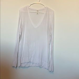 Long sleeve white V-neck